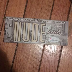 The balm Nudetude palette